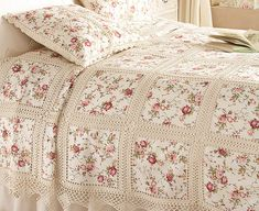 What a neat idea! (Beautiful Floral and Crochet bedspread)