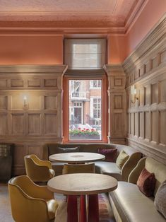 Pink surfaces and a cooking-themed wall mural appear inside restaurant Hélène Darroze at The Connaught, redesigned by Pierre Yovanovitch. Interior Exterior, Best Interior, Interior Architecture, Interior Design, Luxury Interior, Pine Walls, Wood Panel Walls, Banquettes, Damien Hirst