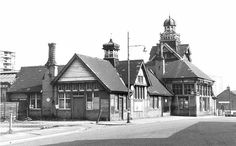 Disused Stations: Wigan Central Station This was Wigan Station in Station Road diagonally across from Wigan Casino Old Pictures, Old Photos, Disused Stations, Central Station, Local History, Old Postcards, British Isles, North West, Empire State Building