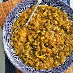 Kerrieboontjieslaai Mexican Food Recipes, Ethnic Recipes, Chana Masala, Beans, Cooking Recipes, Salad, Vegetables, Mexican Recipes, Chef Recipes