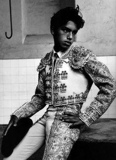 Ruven Afanador (Columbian Matador (via davidcorvine) Matador Costume, Flamenco Dancers, Mode Inspiration, Black And White Photography, Beautiful People, Handsome, Photos, Persona, Mens Fashion