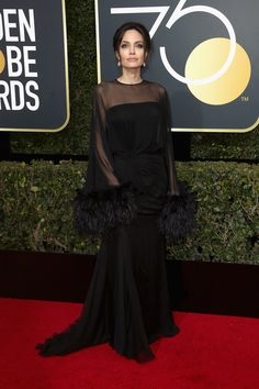 Angelina Jolie in Atelier Versace, 2018 Golden Globes - The Best Golden Globes Red Carpet Looks of All Time - Photos Black Dress Red Carpet, Red Carpet Dresses, Red Carpet Looks, Dress Black, Atelier Versace, Amy Poehler, Golden Globe Award, Golden Globes, Gal Gadot