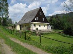 Dolní Morava     Chata, chalupa     pronájem chalupy Jeseníky Chata, Home Fashion, Cabin, House Styles, Home Decor, Decoration Home, Room Decor, Cabins, Cottage