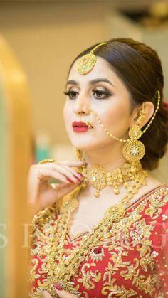 Most Beautiful Women, Beautiful Bride, Gold Fashion, Fashion Jewelry, Wedding Wear, Wedding Bride, Wedding Dresses, Pakistan Bride, Bridal Nose Ring