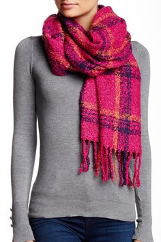 Curl Up Plaid Scarf