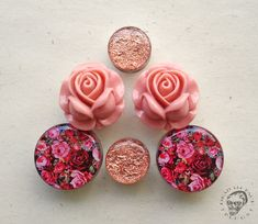 Hand made jewelry for your beautiful stretched ears. Plugs, tunnels and ear weights. Body Jewelry Piercing, Ear Jewelry, Piercing Tattoo, Body Piercing, Cute Jewelry, Gold Jewellery, Jewelry Box, Plugs Earrings, Gauges Plugs