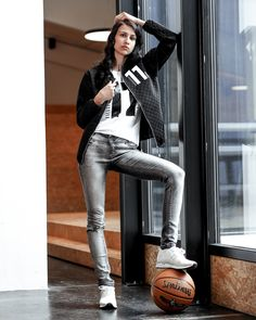 "11stitches Bomberjacke ""Diamond"" Leggings, Crop Tops, Shorts, Leather Pants, Fashion, Jackets, Woman, Leather Jogger Pants, Moda"