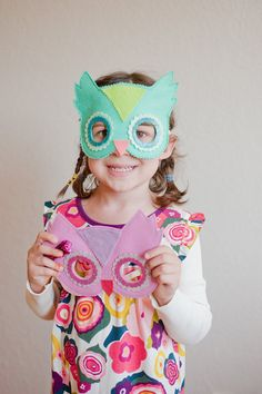 We love this snappy felt and glitter owl mask. Perfect for Halloween & beyond!  Kid tested and much loved, comfortable and heirloom quality
