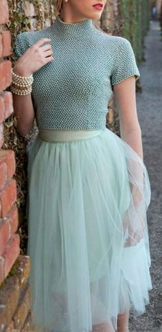 Tulle Skirts and Pumps: Adorable Engagement Photo Looks to Try - Shabby Apple