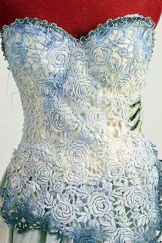 Mundo Obscuro Zine: O vestido da Emily A Noiva cadáver Mais