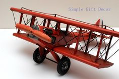 Metal WW1 Vintage Aircraft Airplane model Red Vintage Cars, Antique Cars, Model Airplanes, Route 66, Military Aircraft, Antiques, Metal, Red, Antiquities
