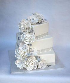 White-silver wedding cake - Cake by majalaska