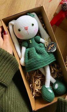 42 Cute Animal and Cartoon Character Amigurumi Crochet Patterns For Your Baby . - Amigurumi häkelanleitung - Animal world Crochet Bunny Pattern, Crochet Patterns Amigurumi, Crochet Dolls, Crochet Baby, Crochet Food, Knitted Dolls, Crochet Beanie, Diy Crochet, Amigurumi Animals