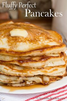 Make delicious homemade pancakes from scratch with this… Perfect Fluffy Pancakes. Make delicious homemade pancakes from scratch with this quick and easy recipe. Pancakes From Scratch, Pancakes Easy, Fluffy Pancakes, Fluffiest Pancakes, Easy Pancake Batter, Dinner Pancakes, Banana Pancakes, Breakfast And Brunch, Breakfast Recipes