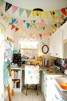 An incredibly cheery craft room.