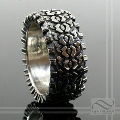 Custom Made Off Road!  Truck Tire Tread Ring