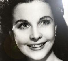 Vivian  Leigh smiling