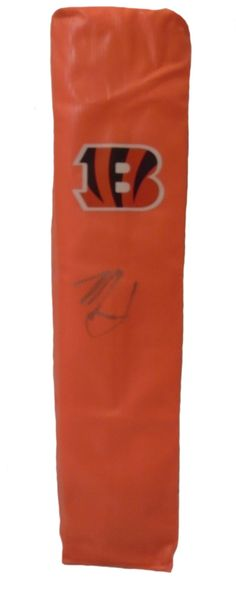 Marvin Lewis signed Cincinnati Bengals full size football touchdown end zone pylon w/ proof photo.  Proof photo of Marvin signing will be included with your purchase along with a COA issued from Southwestconnection-Memorabilia, guaranteeing the item to pass authentication services from PSA/DNA or JSA. Free USPS shipping. www.AutographedwithProof.com is your one stop for autographed collectibles from Cincinnati sports teams. Check back with us often, as we are always obtaining new items.