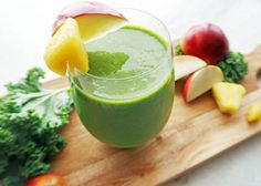 A refreshing, healthy smoothie featuring superfoods, kale and chia seeds.  The pineapple and coconut milk adds a tropical twist to this delicious  drink. Vegan and gluten-free.