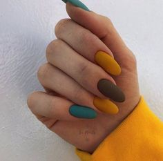 In seek out some nail designs and some ideas for your nails? Here's our listing of must-try coffin acrylic nails for modern women. Minimalist Nails, Best Acrylic Nails, Acrylic Nail Designs, Multicolored Nails, Ten Nails, Nagel Blog, Dream Nails, Stylish Nails, Perfect Nails