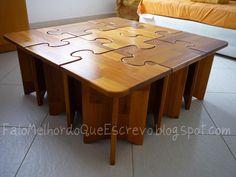 Olá!  Conforme a Lilly  cagoetou a um tempão atrás rsrsrsrs  Eu estava fazendo uma mesa de centro em formato de quebra-cabeças.  E finalment...