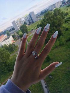 nails nails nails nails for teens fall 2019 fall autumn fake nails nails natural White Acrylic Nails, Summer Acrylic Nails, Best Acrylic Nails, White Coffin Nails, White Acrylics, Aycrlic Nails, Matte Nails, Gradient Nails, Holographic Nails