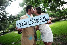 10 year wedding anniversary photo shoot with photo prop