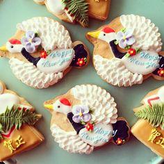 Japanese new year cookies アイシングクッキー icing cookies Fancy Cookies, Iced Cookies, Cute Cookies, Cookies And Cream, Sugar Cookies, Elegant Cookies, Japanese Cookies, Japanese Sweets, Sugar Cookie Frosting
