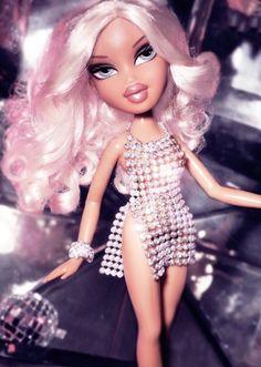 The Bratz Look Book — Givenchy Haute Couture Bratz Doll Makeup, Bratz Doll Outfits, Bad Girl Aesthetic, Boujee Aesthetic, Black Bratz Doll, Bratz Girls, Brat Doll, Cartoon Profile Pictures, Barbie Dream