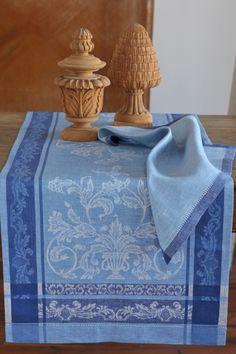 #Napkin #LinenNapkin #Hemstitching #DinnerNapkin #Linen #Blue # Linen #ToneonTone #LinenWay
