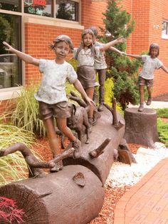 sculpture outside MAZZA Museum in Finley, Ohio