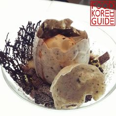 Dinosaur Egg Chocolate Ice Flakes (공룡알빙수) from DALA (달아) in Bucheon. More information can be found in the No.1 food guide in Korea, Food Korea Guide.
