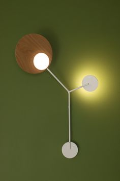 Tunto Lighting creates handcrafted innovative new lighting concepts that combine sustainable wooden materials with the latest LED technological innovations. Nachhaltiges Design, Modern Design, Led, Designer, Solid Wood, Wall Lights, Design Products, Lighting, Home Decor