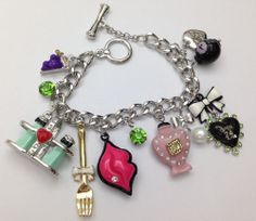 B291 Betsey Johnson Tea Party Lips Perfume Bottle Fork Heart Chain Bracelet US