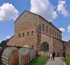 Merovingian dynasty - Ancient Merovingian basilica in Metz, capital of the Austrasia kingdom Wikipedia, the free encyclopedia