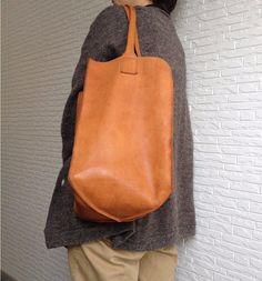 ホームベースバッグ・牛革手縫い 【受注製作】|トートバッグ|nu:um|ハンドメイド通販・販売のCreema