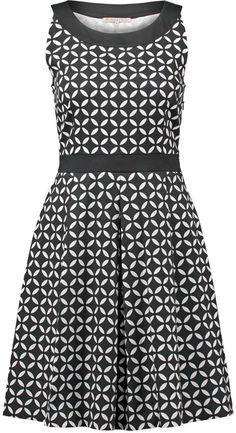 Shop for Anna Field Summer dress black/white at ShopStyle. Dress Black, Anna, Fashion Dresses, Sew, Summer Dresses, Black And White, History, Casual, Closet