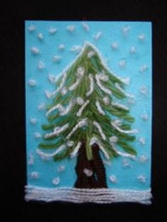 Snowy Christmas Tree Card- fun project for the kids. The texture of the wool will look great! Snowy Christmas Tree, Christmas Tree Cards, Christmas Projects, Kids Christmas, Winter Art Projects, Winter Crafts For Kids, Theme Noel, Preschool Art, Christmas Activities