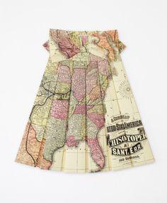 Gli abiti geografici di Elisabeth Lecourt - http://vestitidarte.wordpress.com/2013/01/19/gli-abiti-geografici-di-elisabeth-lecourt/