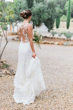 A romantic outdoor wedding photoshoot with pink florals, blush details and an everlasting love story between a real couple in Provence. Wedding Dress Low Back, Outdoor Wedding Dress, Sheath Wedding Gown, Bridal Gowns, Wedding Gowns, Backless Wedding, Outdoor Wedding Inspiration, Perfect Bride, Intimate Weddings