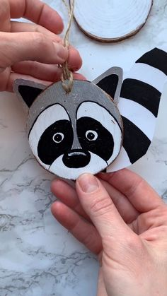 Painted wood slice with raccoon. DIY Home Decor art. DIY video tutorial how to draw raccoon. This project was created with Artistro Wood Slices Kit. Our wood kit it's a perfect gift for kids and adults. Diy Crafts For Adults, Kids Crafts, Gifts For Kids, Kids Diy, Easy Crafts, Wood Slice Crafts, Wooden Crafts, Painted Rocks, Painted Wood