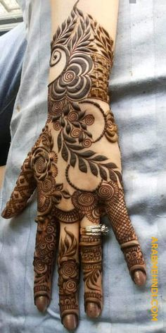 50 Most Beautiful EID Mehndi Design (EID Henna Design) that you can apply on your Beautiful Hands and Body on EID Festival.
