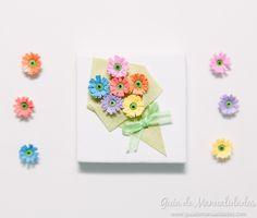 Preparen papel que hoy les muestro cómo se hacen una mini flores de quilling o…