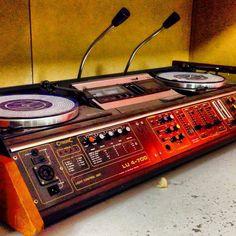 33 . 45 RPM — • Record Players • ⋅ Citronic LU 4-700 ⋅ Vinyl Record Player, Record Players, Vinyl Records, Dj Kit, Arduino, Dj Images, Music Sequencer, Piano, Dj Decks