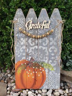 (1) Pumpkin Fall Decor, Grateful, Thanksgiving decorations, wooden bead wo – The White Birch Studio
