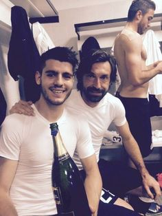 Alvaro Morata, Chelsea, Andrea Pirlo, Free Kick, Professional Football, Soccer Players, Real Madrid, Kicks, Celebs