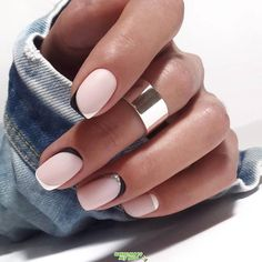 Trendy Winter Nail Art Ideas For 2019 These trendy Nails ideas would gain yo. Trendy Winter Nail Art Ideas For 2019 These trendy Nails ideas would gain you amazing compliments. Check out our gallery for more ideas these are trendy this year. Winter Nail Art, Winter Nail Designs, Winter Nails 2019, Winter Makeup, Winter Art, Gorgeous Nails, Pretty Nails, Cute Nails, Gorgeous Makeup