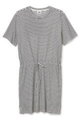 <p>The Base Tee Dress is a short sleeved dress in knee length. It's made of a soft jersey fabric, with all over stripes in black and white. It has a round neckline and a drawstring in waist for a casual look.</p><p>- Size Small measures 100 cm around chest and 92 cm in length.</p><p>- Sleeve length is 22,50 cm.</p>