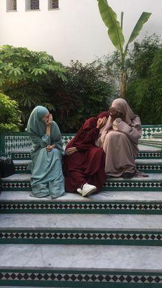 Image about rebeů in Islam🕌🕋✨ by Niqab Fashion, Modern Hijab Fashion, Hijab Fashion Inspiration, Islamic Fashion, Muslim Fashion, Hijabi Girl, Girl Hijab, Islam Women, Muslim Beauty