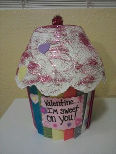 cupcake valentine box cut large plastic bowl to shape then used dry wall plaster as - Cupcake Valentine Box